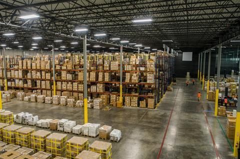 Centro de distribución Hyundai CM